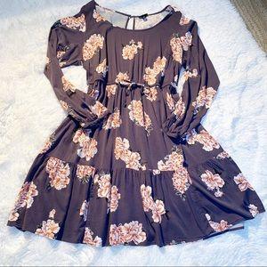 Gorgeous Torrid long sleeve floral dress